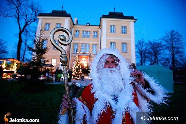 Ania: Świąteczny świat pachnący cynamonem