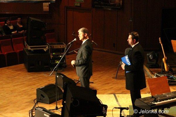 Jelenia Góra: Muzyka i światło na scenie