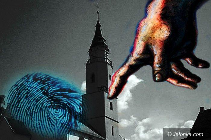 GRYFÓW ŚLĄSKI: Palec boży i ucznia
