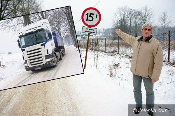 JANOWICE WIELKIE: Nie chcą tirów w Janowicach