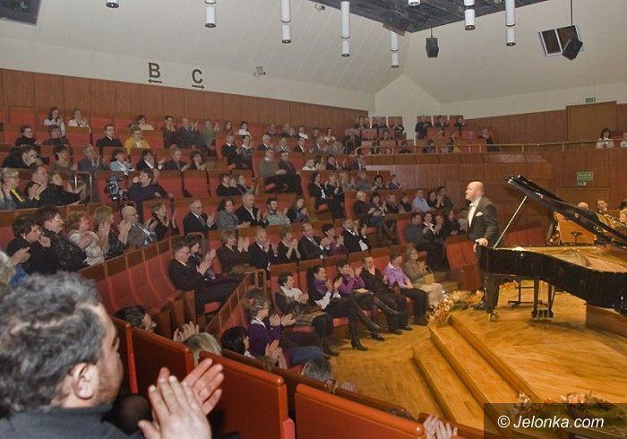 JELENIA GÓRA: Promocja gwiazd w filharmonii