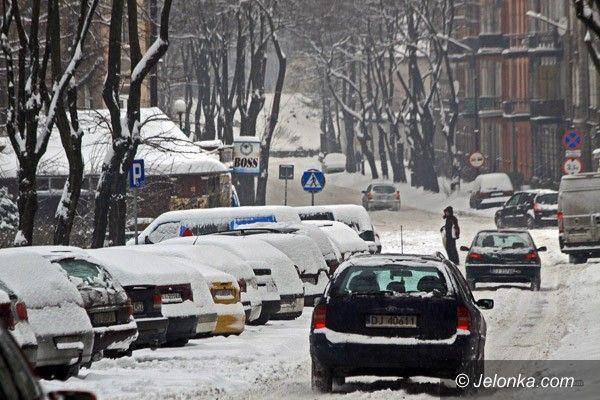 JELENIA GÓRA: Śnieżny żywioł im niestraszny