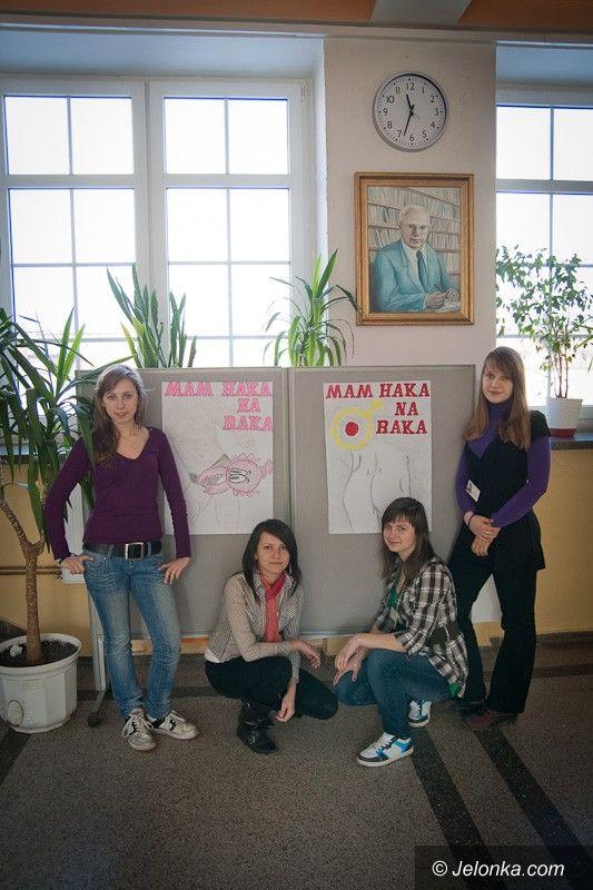 KOWARY: W Kowarach licealiści walczą z rakiem prostaty