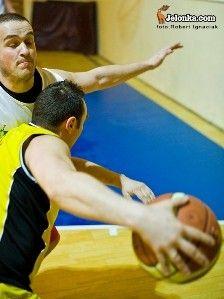 MOS - Jelenia Góra: Wyniki Sudety Basket Ligi