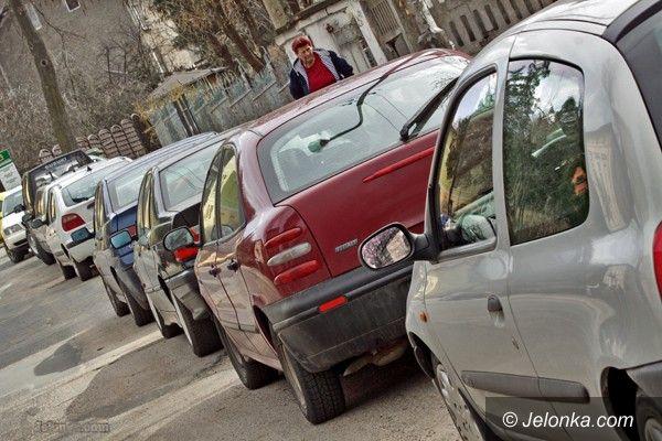 JELENIA GÓRA: Automaty zastąpią parkingowych