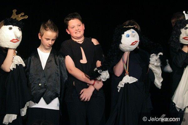 JELENIA GÓRA: Romeo, Julia, ludożercy – na finał JFTD