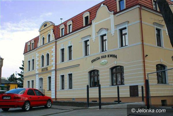 REGION: Z noclegowni hotel lux