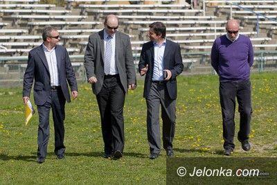 Jelenia Góra ul.Złotnicza: Wizytacja UEFA na Złotniczej ( foto )