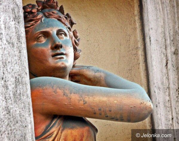 JELENIA GÓRA: Bardzo brudna bogini Flora