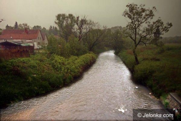 REGION: Leje, ale powódź nam nie grozi