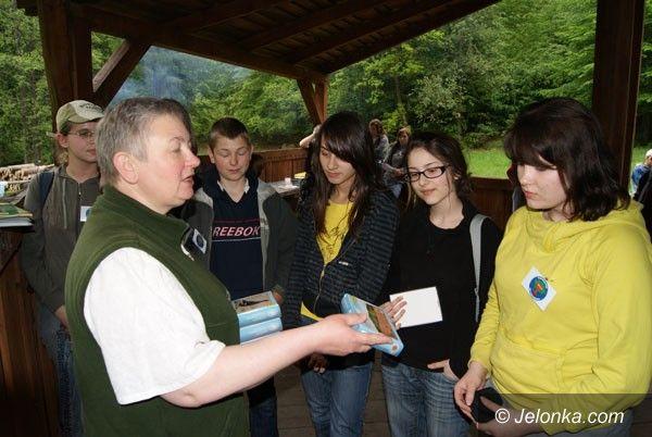 PIECHOWICE: Gimnazjaliści z myśliwymi zasadzili las