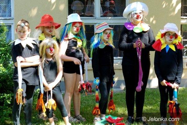 JELENIA GÓRA: Cyrkowe sztuczki w Przystani Twórczej