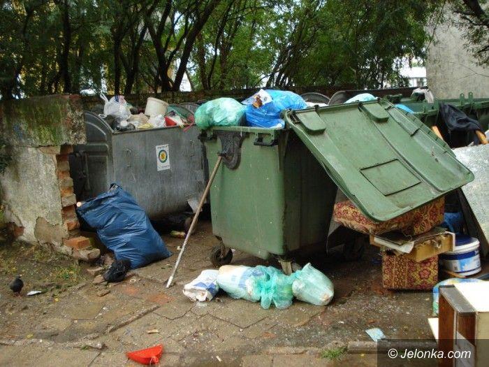 JELENIA GÓRA: Życie w smrodzie śmieci