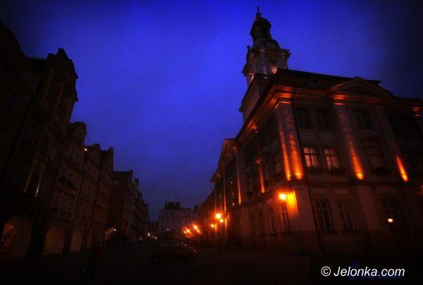 JELENIA GÓRA: Plac Ratuszowy bez ciszy nocnej?
