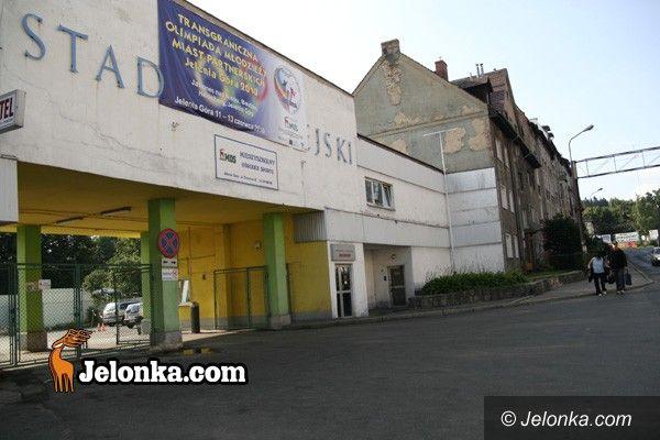 JELENIA GÓRA: Stadion przy Złotniczej w standardzie europejskim