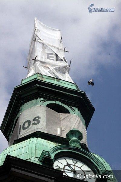JELENIA GÓRA: Remont wieży ratusza. Rynek częściowo zamknięty