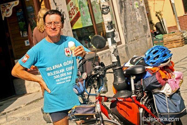 JELENIA GÓRA: Siedemset kilometrów w nogach pana Bolka