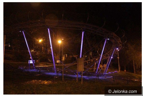 SZKLARSKA PORĘBA: Nocne zjazdy w pełnym świetle