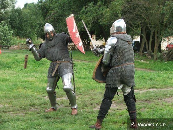 Siedlęcin: Średniowieczne potyczki o wieżę i niewiasty