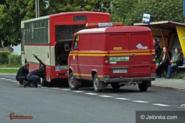 JELENIA GÓRA: MZK przewozi ludzi gratami. Nowe autobusy w 2011 roku