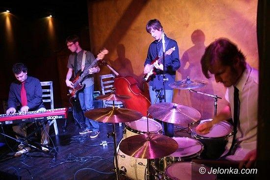 SZKLARSKA PORĘBA: Jazz brzmiał w Jazgocie