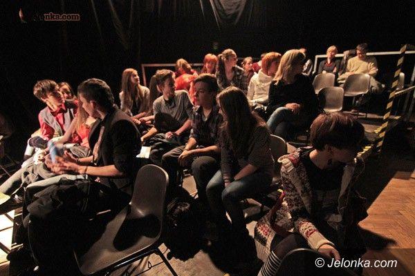 JELENIA GÓRA: Teatr ponad granicami, czyli łamanie uprzedzeń
