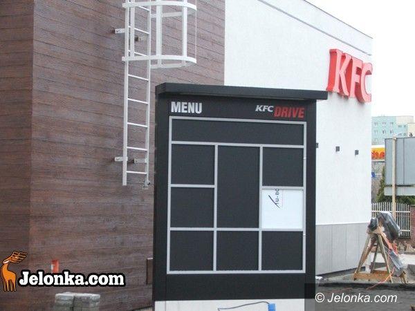 JELENIA GÓRA: Na kurczaczka do KFC. Wkrótce otwarcie