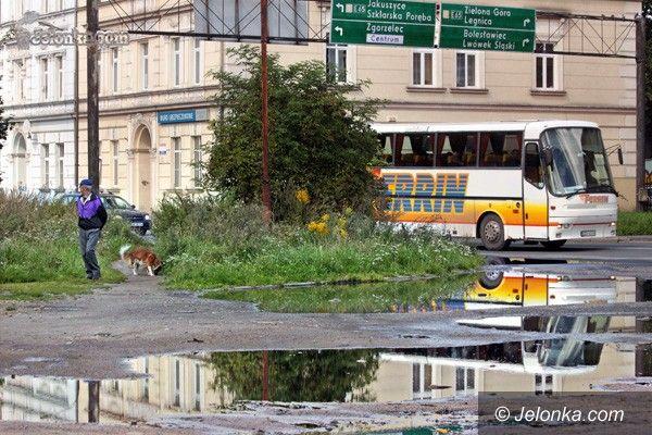 JELENIA GÓRA: Ruszyła budowa kanalizacji w zaniedbanej części centrum