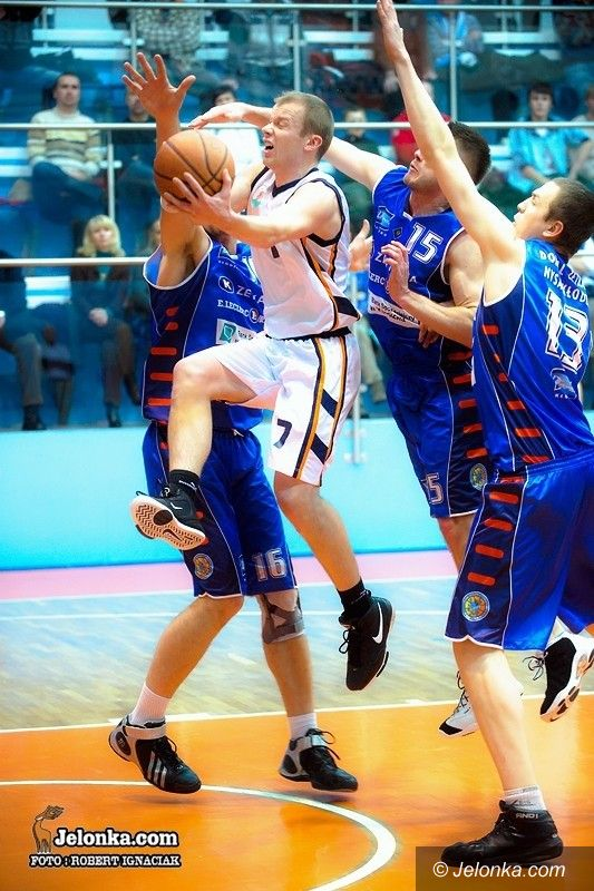 II-liga koszykarzy: Sudety powalczą o trzecie miejsce po rundzie zasadniczej