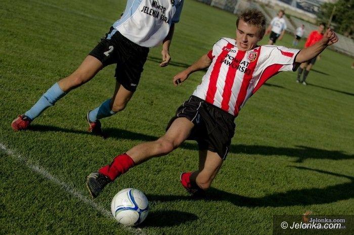 IV-liga piłkarska: Do akcji wkraczają IV–ligowe Karkonosze