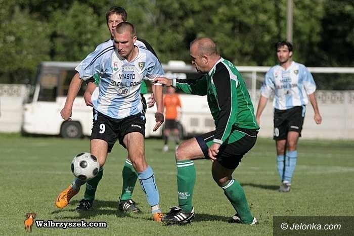 IV-liga piłkarska: Powtórzyć wynik z pierwszego spotkania, Karkonosze podejmą Szczawno–Zdrój
