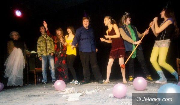 JELENIA GÓRA: Trzy dni z teatrami dziecięcymi w ODK