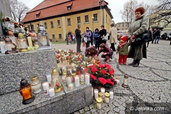 JELENIA GÓRA: Jutro minie rok od tragedii pod Smoleńskiem