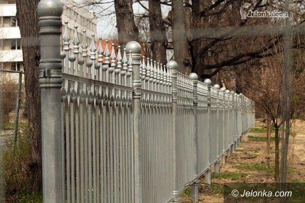 JELENIA GÓRA: Park Zdrojowy: coraz bliżej XIX wieku