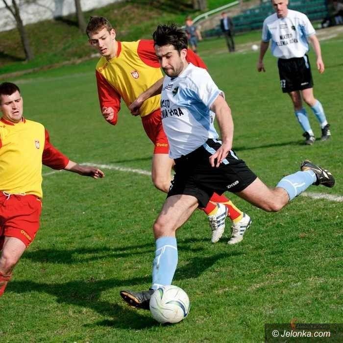 IV-liga piłkarska: Karkonosze wygrywają zaległy mecz z BKS–em i plasują się już w środku stawki!