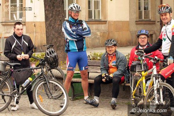 JELENIA GÓRA: Pełnia wiosny – na rowerach