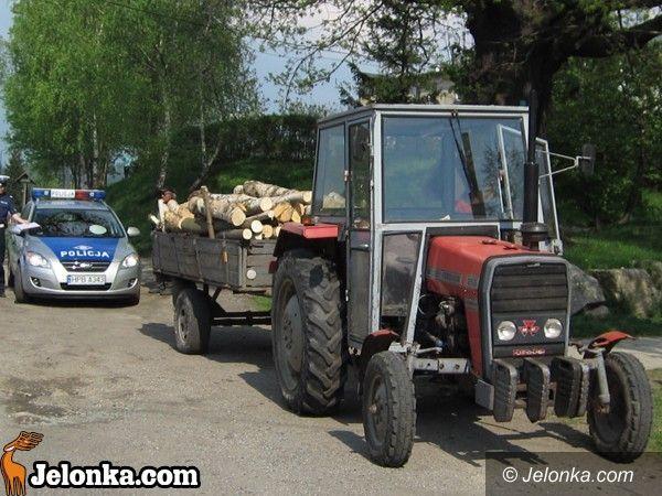 REGION: Nieuważny traktorzysta dostał mandat i punkty