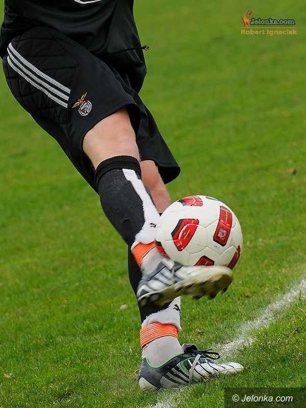 Jelenia Góra: Piłkarze przegrali z zimą