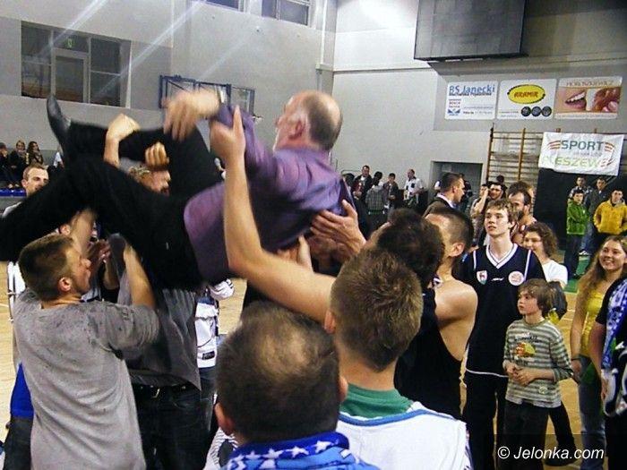I-liga koszykarzy: Sudety w wielkim stylu wracają do I–ligi! – na gorąco mówi Ireneusz Taraszkiewicz [FOTO, VIDEO z Pleszewa]