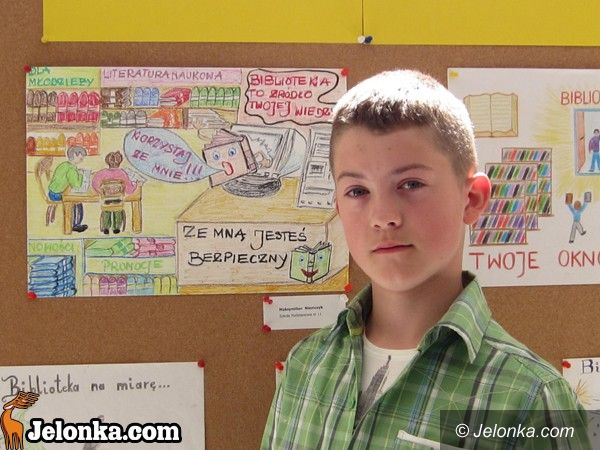 JELENIA GÓRA: Biblioteka na plakacie? Łatwo nie było