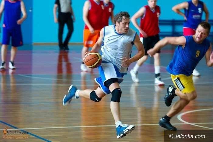 Jelenia Góra: Koszykarze amatorzy zakończyli pierwszą rundę rozgrywek