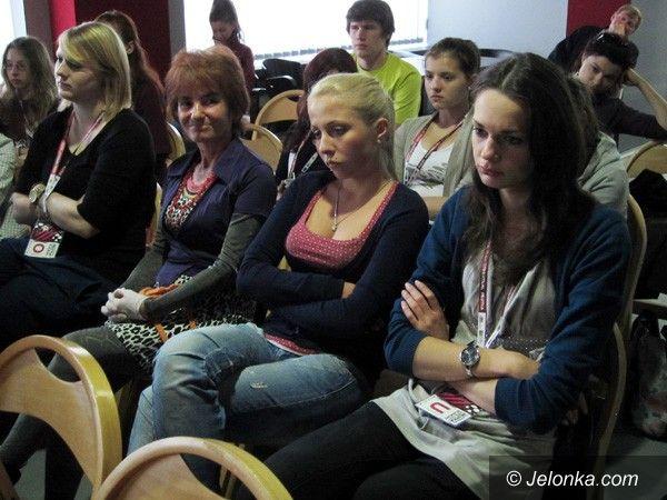 JELENIA GÓRA: Klasyków należy palić? Przyszłość teatru w młodych umysłach