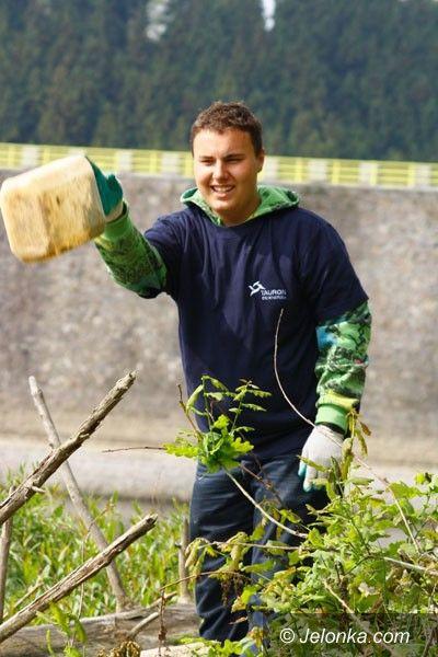 JELENIA GÓRA: W ramach akcji ekologicznej wysprzątali Jezioro Pilchowickie