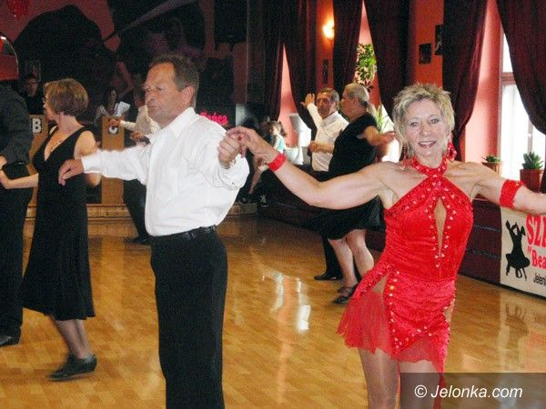 JELENIA GÓRA: Tanecznym krokiem adeptów i mistrzów