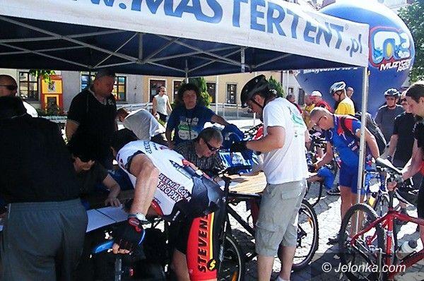 JELENIA GÓRA: Tłumy cyklistów pojechały w XI Paradzie Rowerów