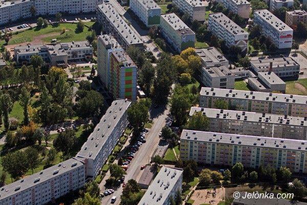 Jelenia Góra: Przez długi czynszowe stracą własnościowe mieszkania