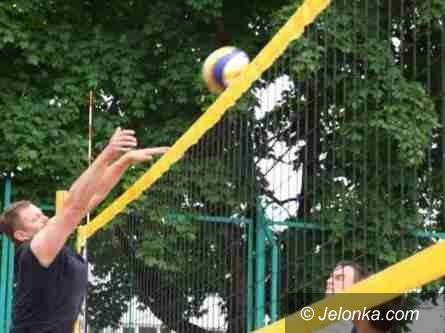 """Jelenia Góra: Rozegrano pierwsze turnieje plażówki z cyklu """"Karkonosze Cup 2011"""""""