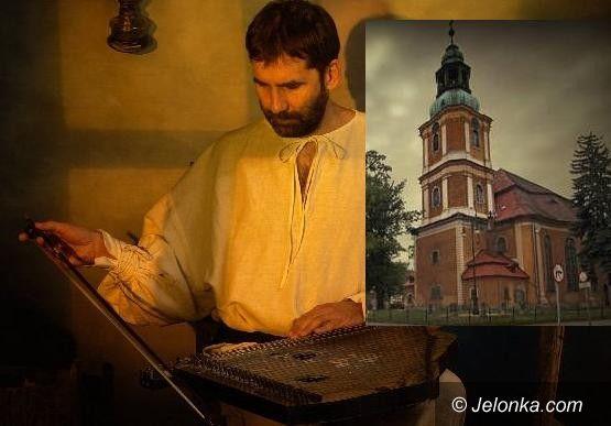 JELENIA GÓRA: Wirtuoz gry na cytrze w Kościele Zbawiciela