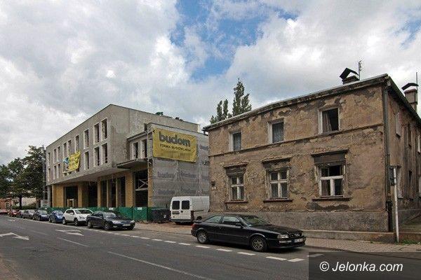 JELENIA GÓRA: Wyrósł nowy dom przy ulicy Matejki