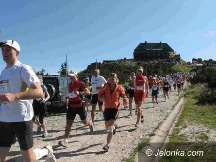 Szklarska Poręba: Tłumy biegaczy pod Szrenicą